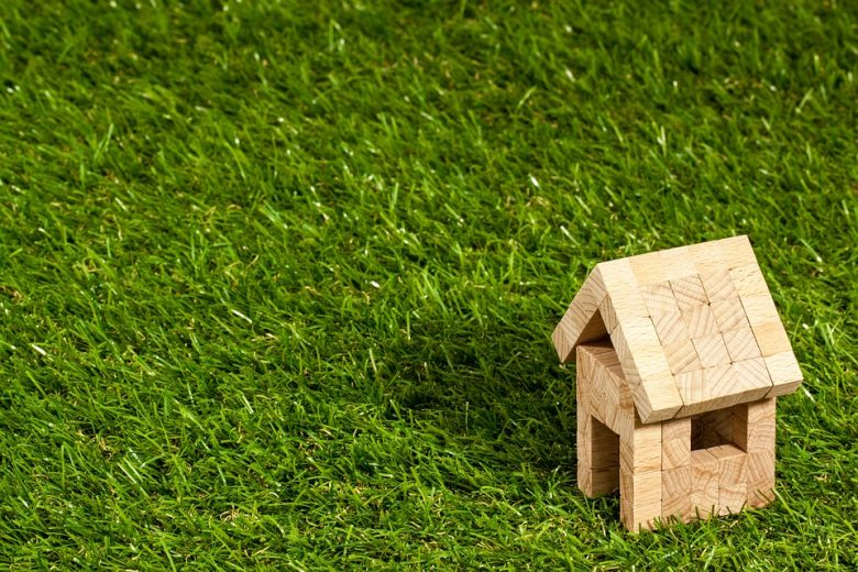 3 reasons why you should invest in real estate